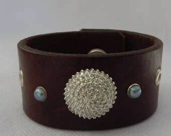 Genuine Brown Leather Embellished Cuff Bracelet Handmade Accessories New Fashion