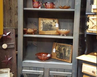 bookcase / primitive farm house decor / kitchen cabinet / display cabinet / rustic country furniture / barn doors / hutch / bookshelves