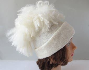 Beanie Felted hat with pompon white Alpaca hat  white wool beanie hat Felt warm hat white Wool Hat pompon Warm felt hat outdoors gift