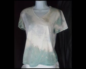 Acid washed medium shirt Hanes Perfect-T tee bleached top acid wash white blue green seafoam slate grey gray celery t-shirt (shirt no. 174)