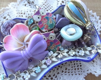 Vintage Jewelry Lot - Shabby Chic  - Lot - Hot Air Balloon Charm - Owl Charms - Purple Bow - Rhinestone Destash - DD5
