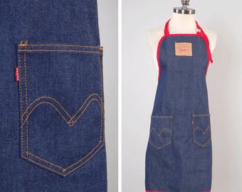 Vintage 70s dark denim LEVIS apron / NOW Designs San Francisco / 100% cotton / Vintage work wear