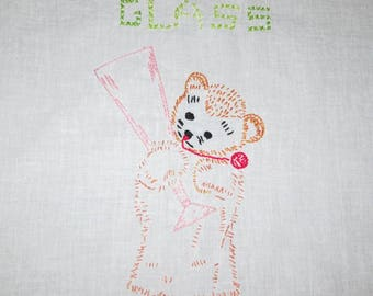 Vintage 1940s 1950s Embroidered Dish Towel / 40s 50s Embroidered Bear Kitchen Towel / 40s 50s Embroidered Dish Towel With Bear Holding Glass