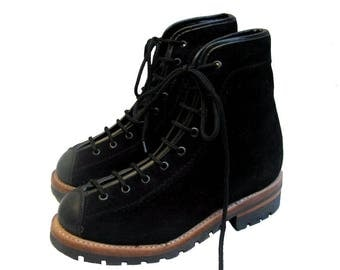 Vintage Work Boots NaNa Mens Black Suede and Leather Lace To Toe Woodsman Boots Mens US Size 8