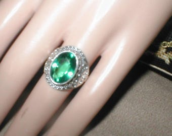 Vintage Sterling Silver 6ct green apetite Filigree Ring size 8