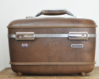 Vintage  Brown Train Case American Tourister Milk Chocolate Brown Retro Luggage Traincase Makeup Toiletry Cases