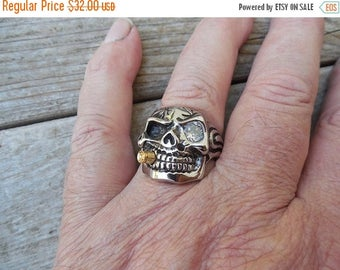 ON SALE Cigar smoking skull ring in stainless steel with a CZ eye