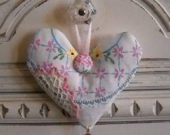 Sweet Vintage Lavender Heart Sachet Antique Linens Shabby Chic