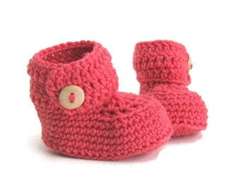 Short Button Cuff Baby Booties in Strawberry Merino Wool