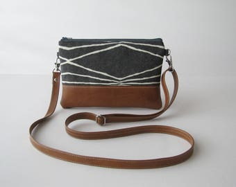 Crossbody Bag, Crossbody Clutch, Vegan Crossbody Purse, Clip on Crossbody Strap,Crossbody Wallet, Modern Grey Crossbody Bag