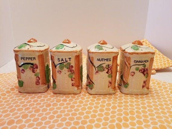 Spice Jars of Ceramic in Majolica Style - Vintage Spice Jars/Boxes - Salt Pepper Nutmeg Cinnamon Jars - Perfect Condition - Italian Style