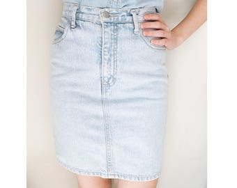 MARCIANO - vintage guess mini skirt