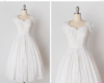 30% OFF SALE 1940s wedding dress / 1940s embroidered dress / 1940s white gown / Love Again dress