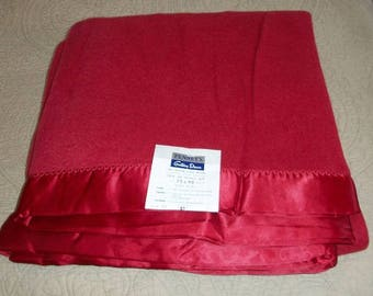 Vintage 1950's Never Used New with Tag Near Mint Condition Rayon Nylon Blanket Penny's Golden Dawn Satin Binding Blanket Maroon