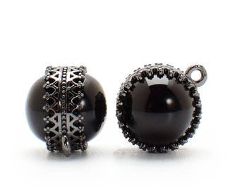 2 Black Onyx Double-Sided Crown Bezel Pendant, 12mm, Black Color Plated over Brass Bezel. [E2080677]