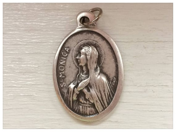 5 Patron Saint Medal Findings, St. Monica , Die Cast Silverplate, Silver Color, Oxidized Metal, Made in Italy, Charm, Drop, RM310