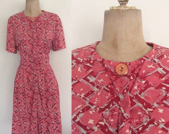 """1960's Pink Red Printed Fit & Flare Dress  w/ One Side Pocket Side Medium Large 30"""" Waist by Maeberry Vintage"""