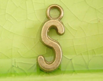 20 bronze letter S charms pendants snape slytherin sirius swan word name character book movie 16mm x 6mm C0990-20