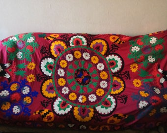 Vintage Uzbek silk hand embroidery on red cotton suzani. Bed cover, wall hanging, home decor suzani. SW067