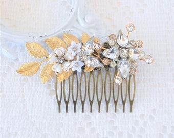 Bridal Hair Comb, Shabby Chic Hair Piece, Vintage Bridal Hair Accessories, Romantic Floral Hair Comb Collage, Wedding Hair Comb, Hair Vine