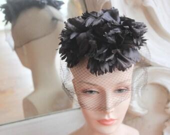Vintage 1960s Flowered Fascinator Hat