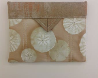 "Sand Dollars Quilted Fabric Mini Snap Bag Purse Organizer Bag 5-1/4"" x 4-1/4"""