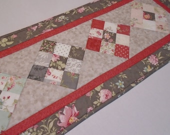 Floral Quilted Table Runner in Gray and Rose, Quilted Table Topper Roses and Flowers, Quilted Dresser Scarf, Patchwork Floral Table Quilt
