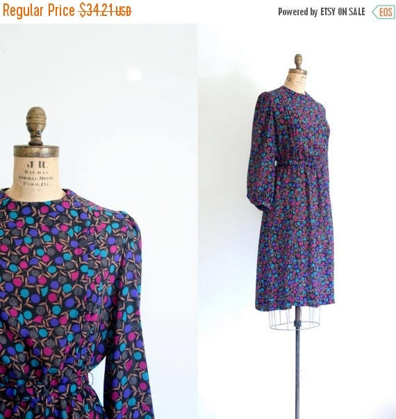 SALE SALE graphic floral print secretary dress /  vintage 80s silky dress - secretary dress / puff shoulder dress - 80s graphic print dress