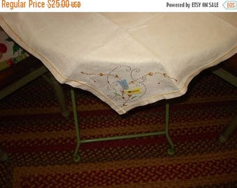 "Enchanting 30' x 30"" Vintage Hand EMBROIDERED VINTAGE LINEN Tablecloth"