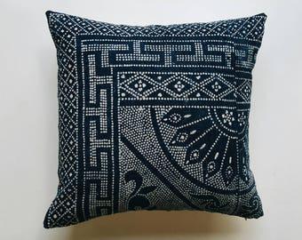 Indigo Batik Pillow Cover - Vintage Chinese Boho Pillow - Bohemian Throw Pillow