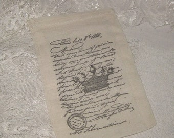 March Sale Muslin Favor Pouches Vintage Inspired Paris Crown French Script Muslin Gift Pouches