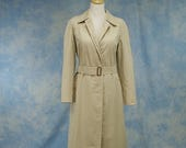 GET WARM SALE Vintage 70s 80s Burberrys Women's Trench Styled Raincoat, All-Weather Coat, Sz Med Lg 8 10 12