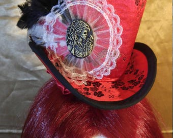 The Lady Death Mini top Hat