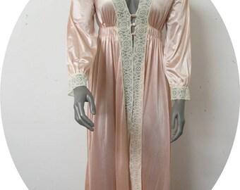 Vintage Pink Robe Dressing Gown  Miss Elaine #076