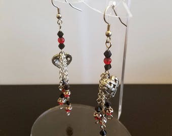 Lattice Heart Earrings with Chains and Black and Red Glass Beads
