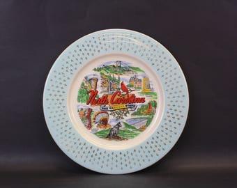 Vintage North Carolina 'The Tarheel State' Blue Bordered Souvenir Plate (E8714)