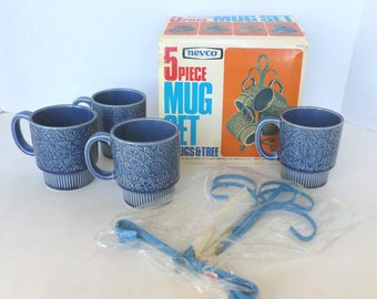 Nevco Coffee Mugs and Mug Tree Stand Set in Blue Unused Original Box Gift Set New Old Stock