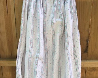 Vintage 80s Heart Midi Skirt / size 8 Floral and Heart Midi Skirt with Pockets