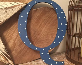Giant Wooden Letter - Q - Times Roman Font, 50cm high, 20 inch, any colour, wall letter, wall decor - various colours & finishes
