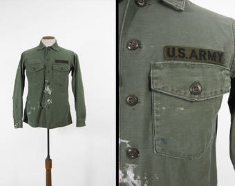 Vintage 60s US Army Shirt Vietnam War Destroyed Sateen Green Military - Medium