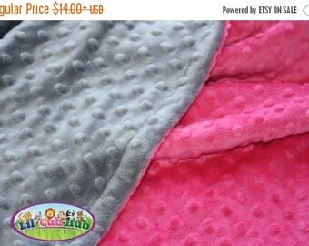 25% Off Adult Minky Blanket, Personalized Throw Blanket - Hot Pink/Grey Dot (Can Be PERSONALIZED)
