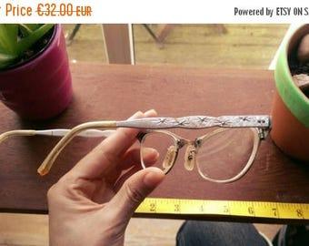 ON SALE Vintage 1950s Atomic Metallic Stardust Frames Glasses