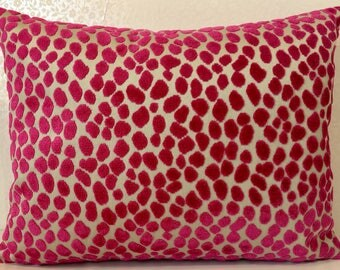 LORCA TUPAI magenta pink accent cushion cover from MoGirl DESIGNS.  Leopard pink spot raised velvet design on beige coloured linen cushion.