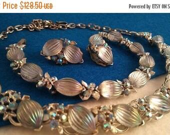 On Sale Signed Lisner Blue Rhinestone Necklace Earring Bracelet Set 1950's 1960's Hollywood Regency Mad Men Demi Parure