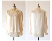 vintage cream silk ruffle blouse / size medium