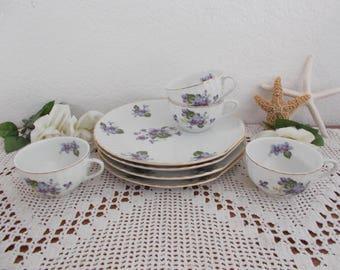 Vintage Violet Snack Set Lavender Blue Purple Flower Green Leaf Gold Rim Design Mid Century Bridal Baby Shower Tea Party Decoration Gift Her