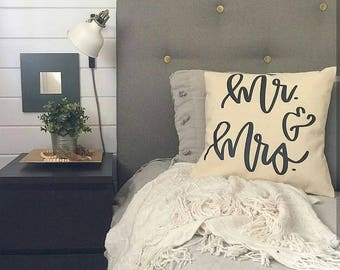 Mr & Mrs Pillow case