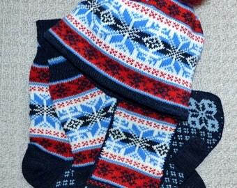 937ed515f34 Wool Mittens Socks and Hat set