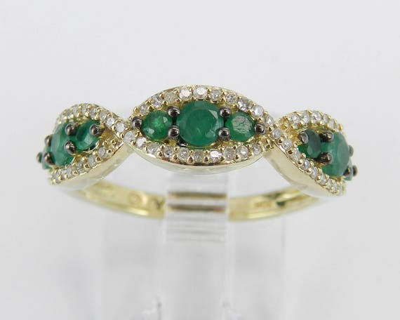 Diamond and Emerald Anniversary Band Wedding Ring Yellow Gold Size 7 May Birthstone