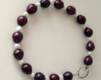 Burgandy Pearl and Ivory Bead Bracelet